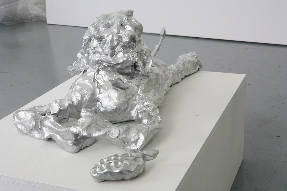 Independence Monument, 2006, 60 x 31 x 22 cm